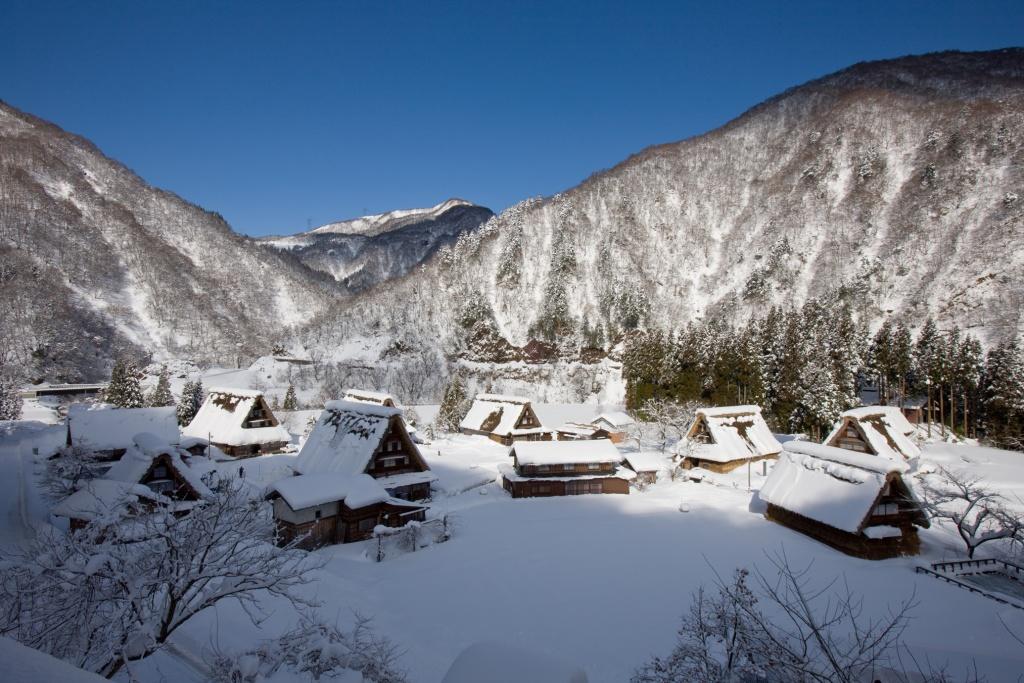 五箇山菅沼集落 冬